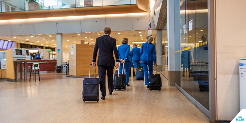 Flight attendant Ingmar takes you on a tour around KLM's Crew Center.