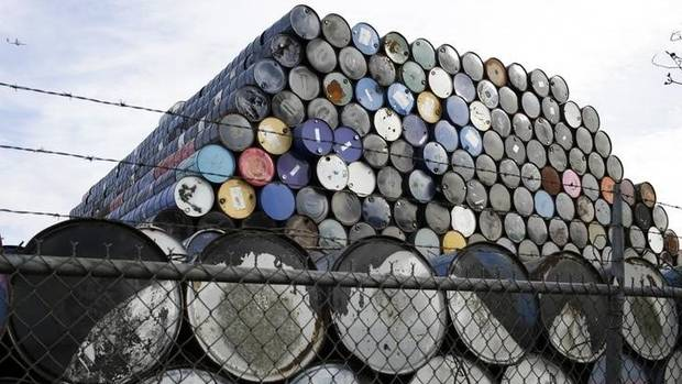 World Bank slashes 2016 oil price forecast from @GlobeBusiness