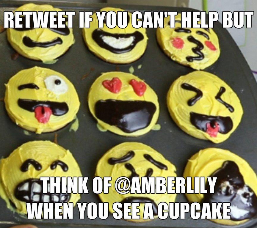 :) there ya go Emoji Cupcakes!! ;) For #RT Lm8LYeEGVB