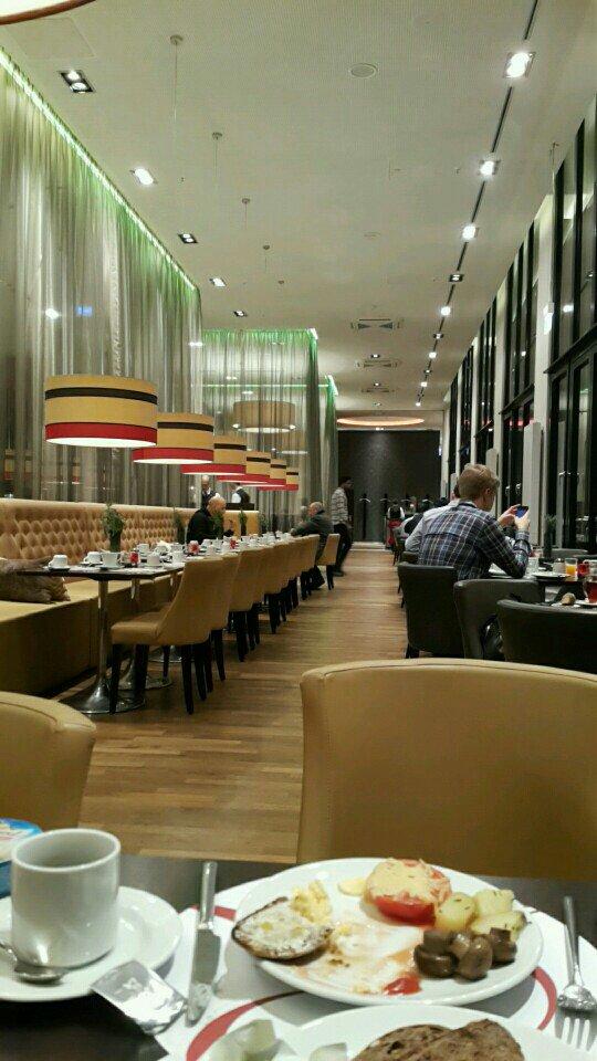 오늘 뮌헨에서 마지막 아침식사를 합니다.~~^^ (@ Restaurant Vitruv@Leonardo in Munich, Bavaria) https://t.co/Qiacpbg8iV https://t.co/N4CjwDDIIM