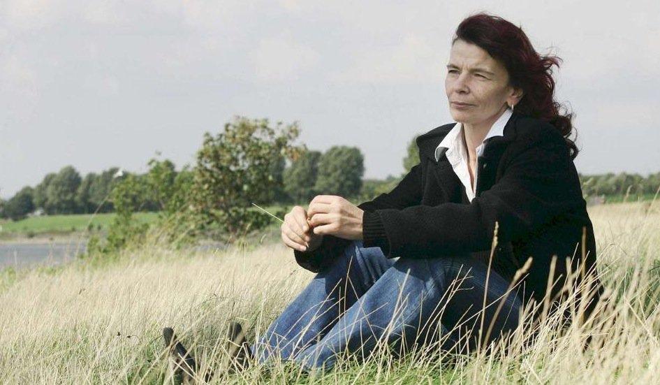 Silvia K. wurde mit 16 als #Sex-Sklavin gehalten. Jetzt
