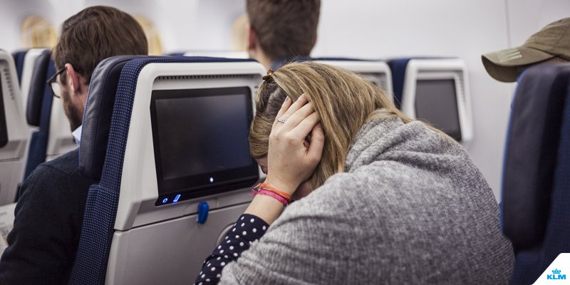 A detailed explanation of what happens to your ears during a flight: