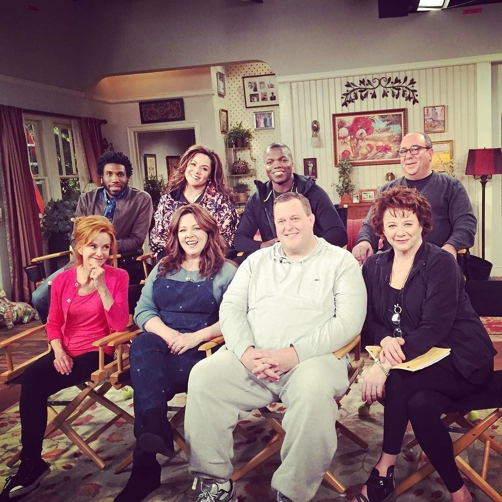 I love these people. #mikeandmolly #finaltapenight #season6 https://t.co/8nC6iROjWu https://t.co/OY6WnLGzje