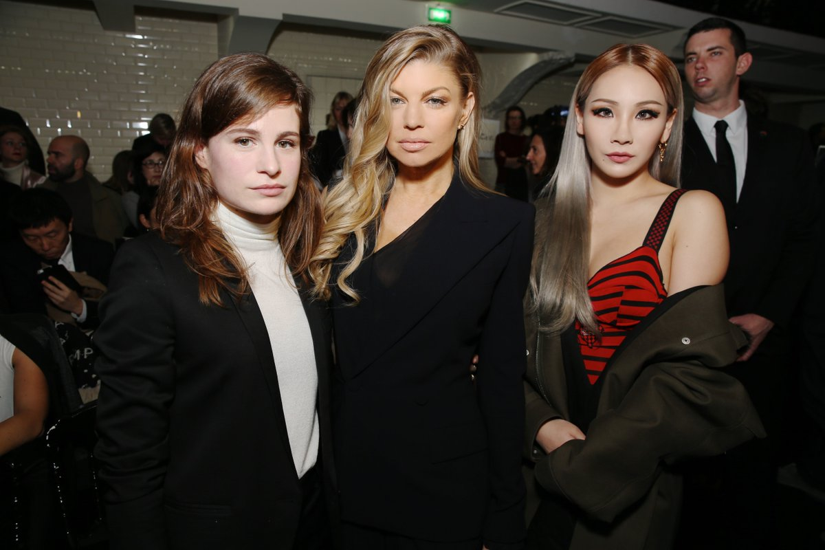Femmes Fatales! #ChristineandtheQueens #Fergie #CL #JeanPaulGaultier #PFW https://t.co/cXzzEB7yL6