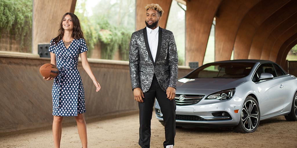 An actress, an athlete and a stylish new model? Sounds right for the #BigGame. @emrata, @OBJ_3 and #BuickCascada https://t.co/aMlj76aG2e