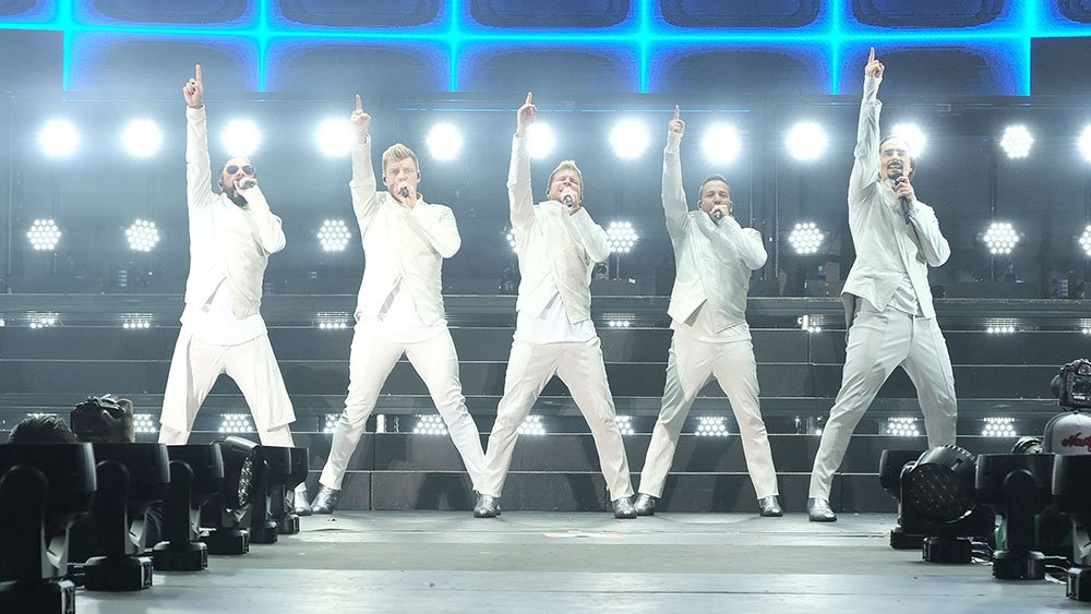 .@backstreetboys surprise with performance at ABC upfront (Watch)