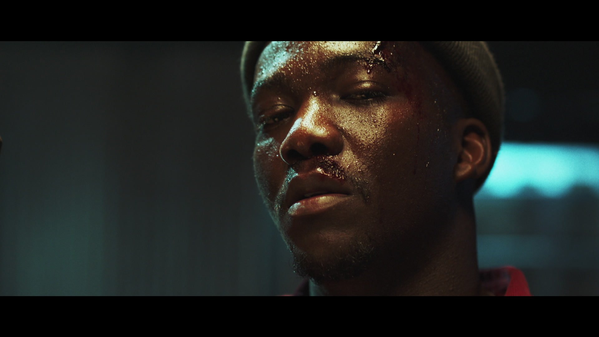 .@i_D premieres the all new @MrJacobBanks video for #Chainsmoking https://t.co/v0k2itxMRP https://t.co/fYJ2CpnDQ1
