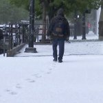 Heat wave heads for eastern U.S. as snow targets West