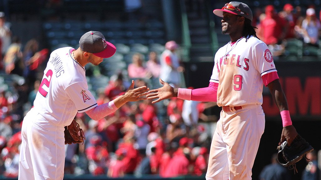 A win for all the #Angels moms! #MothersDay https://t.co/GdTTrNYm6U