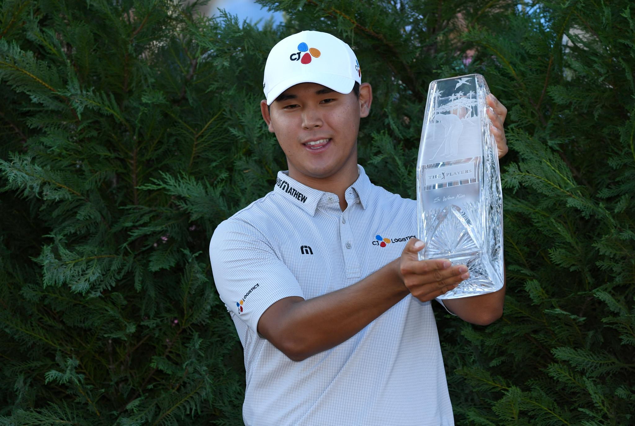21-year-old Si Woo Kim is the youngest player to ever win THE PLAYERS Championship. https://t.co/TJbIB7qaWT
