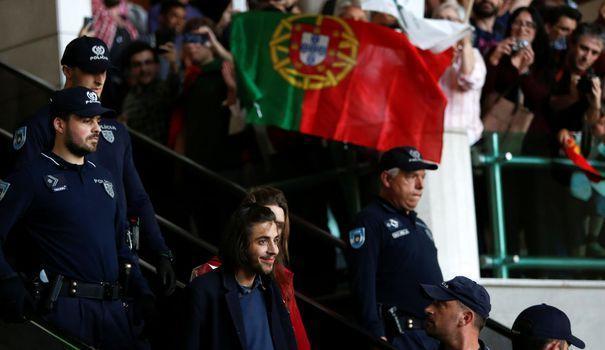 EN IMAGES. Eurovision: le retour triomphal de Salvador Sobral au Portugal