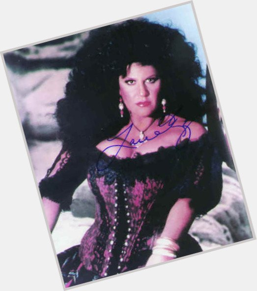Happy birthday national treasure, Lainie Kazan!