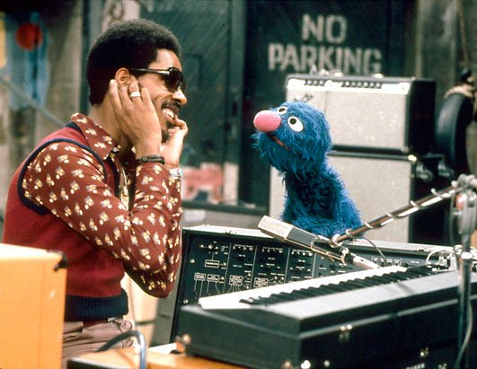 I'm posting this just because it's Stevie Wonder and Grover. https://t.co/3o6JW7aXXb