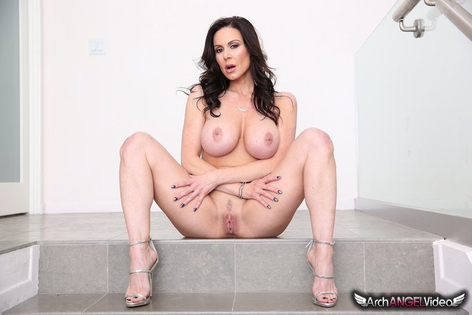 @KendraLust's #BeautifulTits4 scene is coming soon to https://t.co/aLkrdNeich #signupnow https://t.c