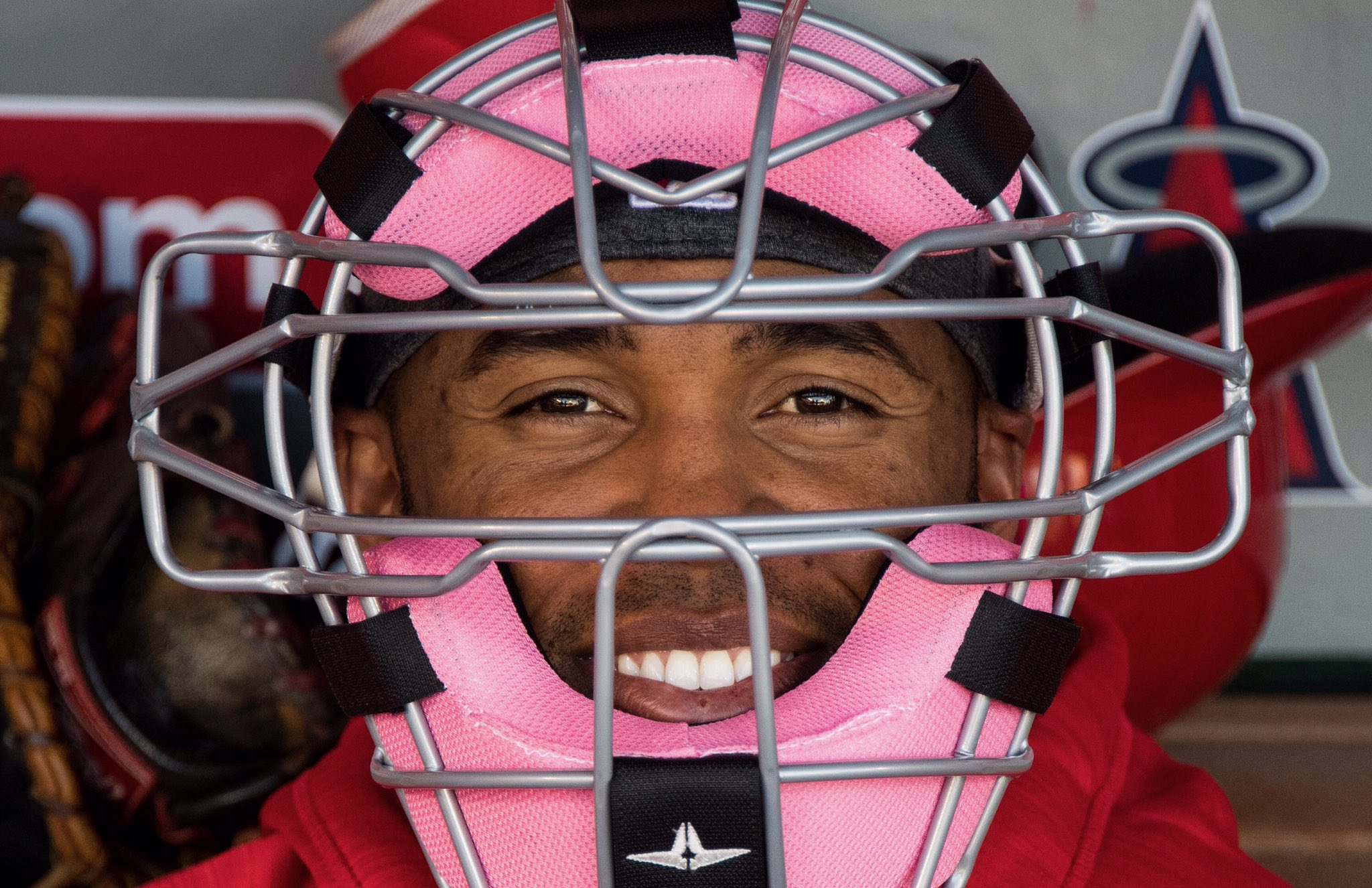 Think pink.   https://t.co/rWpu7NyQSu (via MLB Fans) https://t.co/zjqwtLUqRr