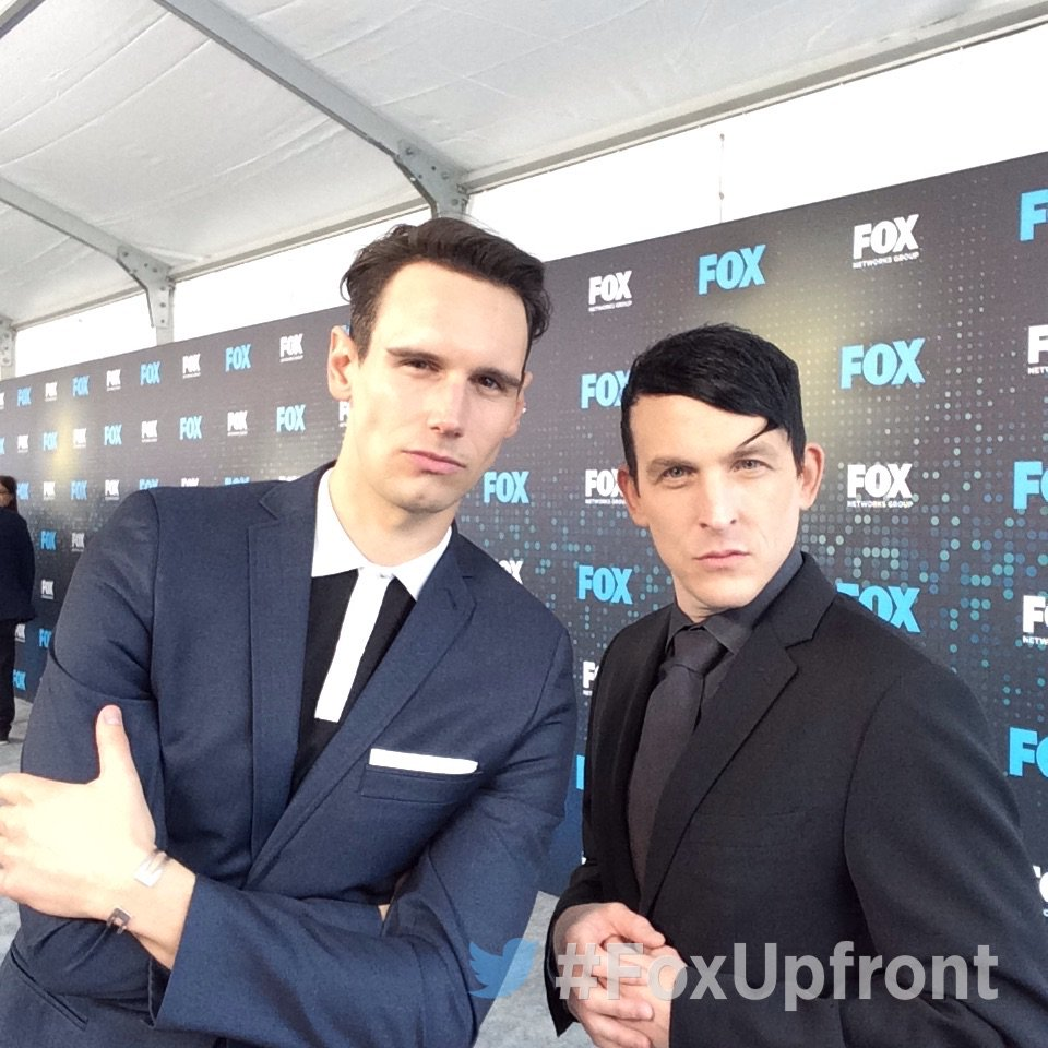 At the #FoxUpfront party with @Gotham stars @mister_CMS and @robinlordtaylor
