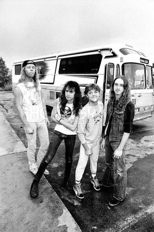 Metallica waiting for their bus to be fixed, 1983 https://t.co/XtaWCe5nEw