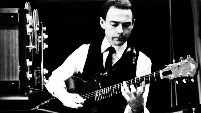 Happy Birthday to Robert Fripp.