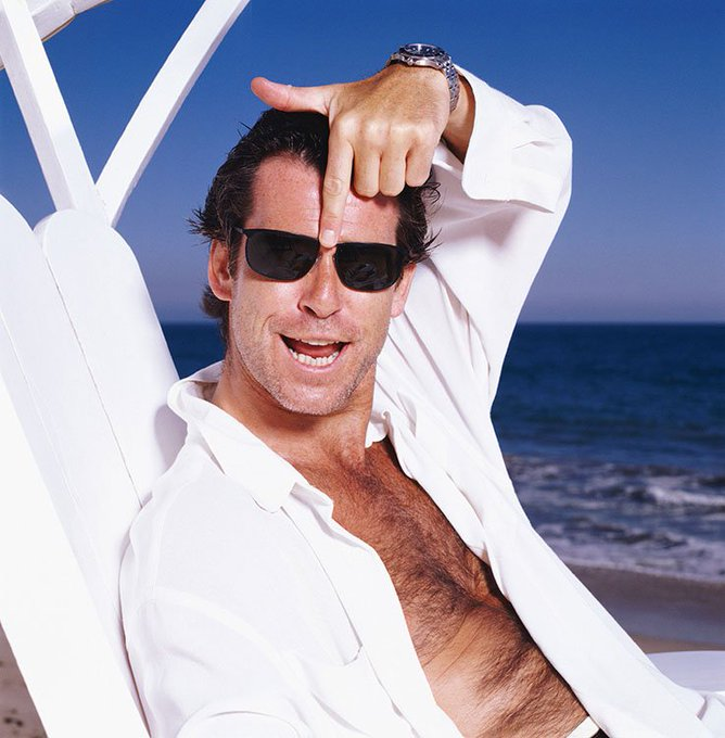 Happy Birthday Pierce Brosnan ( - This one\s from a beach in LA, 1995.