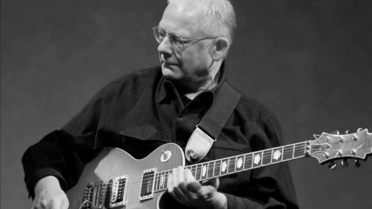 Happy birthday to Robert Fripp, who is 71 today!