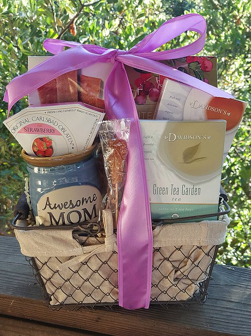 Giveaway – Spring Mother's Day Gift Basket – 3 Winners – Ends 5/26/17