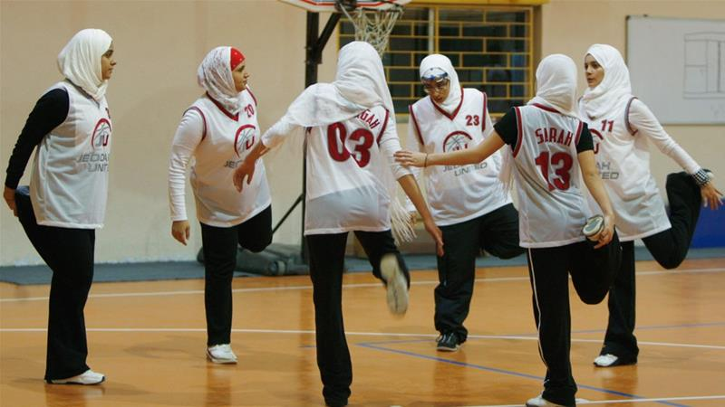 FIBA rules to allow the hijab and yarmulkes in professional basketball