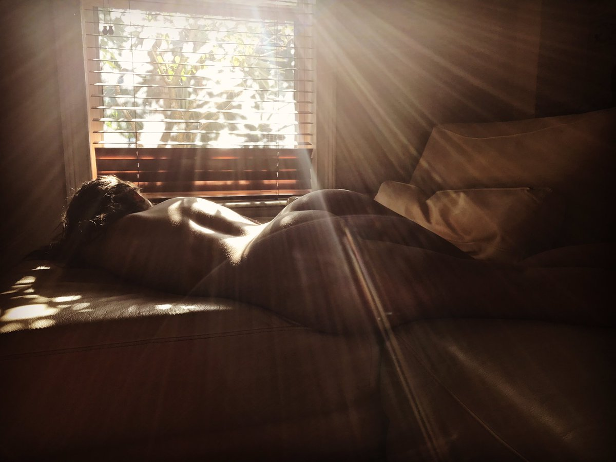 So took this while I was napping on set during #BrazzersHouse Ckycm5o6qq