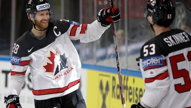 Russia and Canada enjoy resounding wins at ice hockey worlds