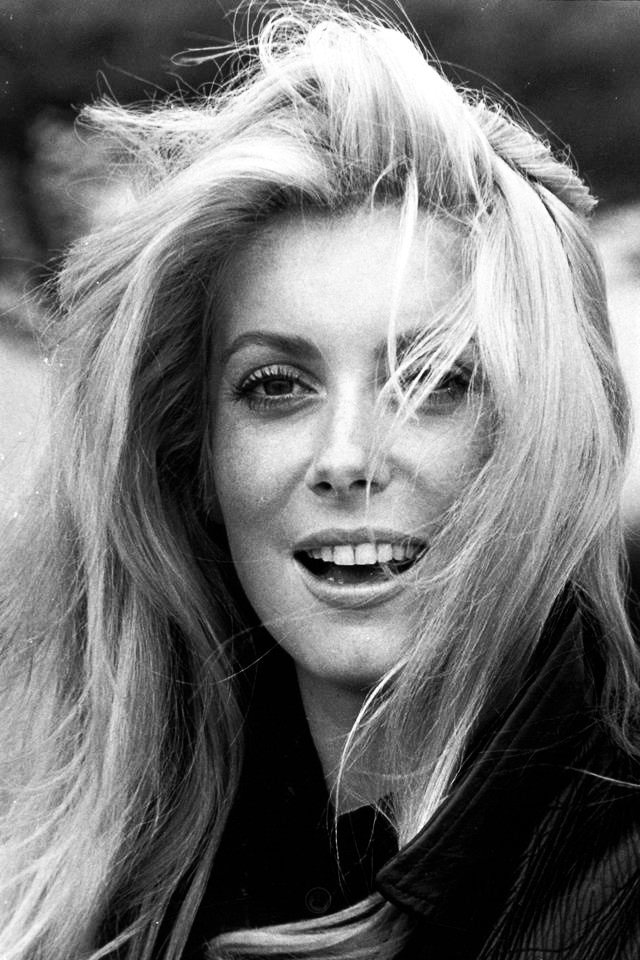 GREAT ACTOR CLOSE-UPS:  Catherine Deneuve. https://t.co/RY84c0hY9Q