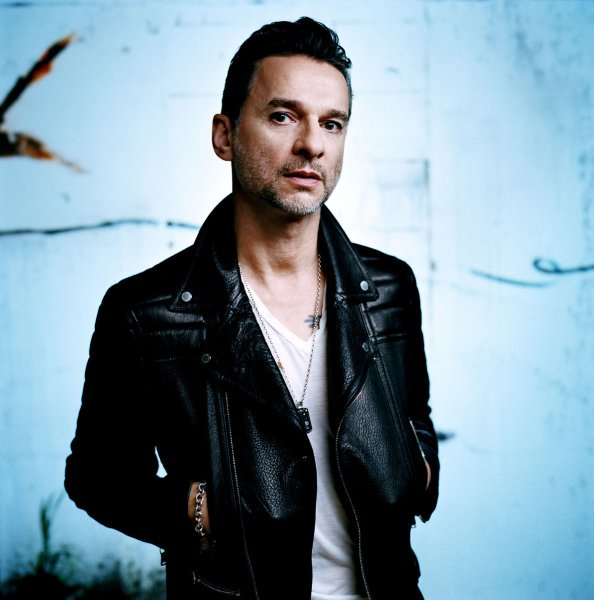 Feliz Cumpleaños, Happy Birthday Dave Gahan (Depeche Mode).