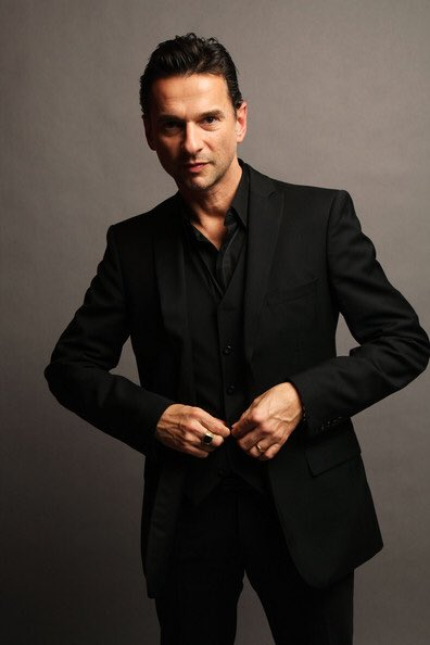 Happy birthday to Dave Gahan! Such a brilliant and seriously underrated front man.