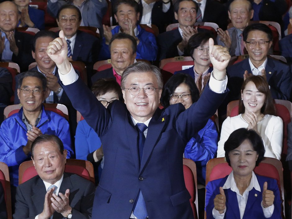 Moon Jae-in set to take power in South Korea, ending months of turmoil over ousted president
