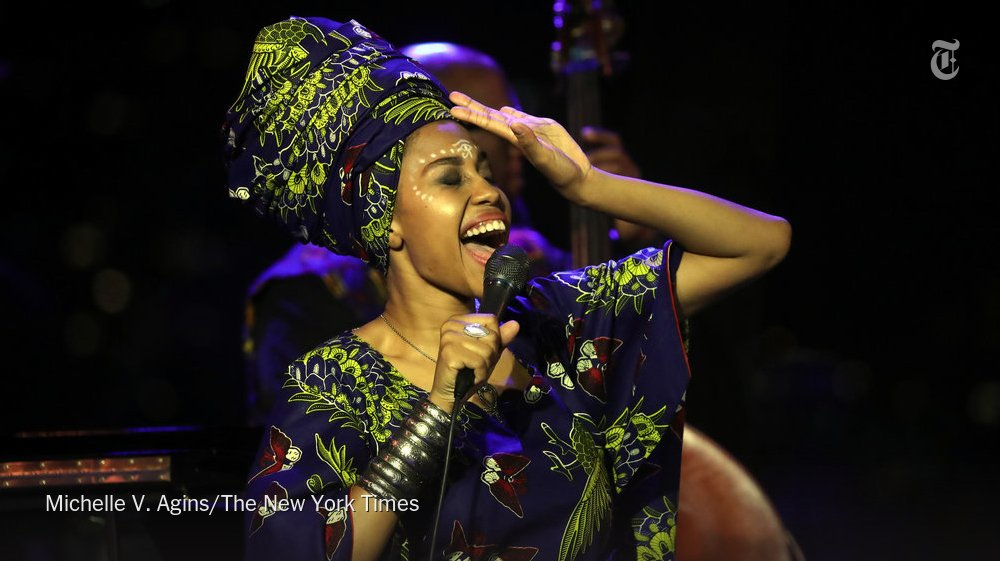 Jazzmeia Horn, a jazz vocalist on the rise, steps up to the microphone at Dizzy's https://t.co/UmR7RmDQ8r https://t.co/OJg2oPAeWD