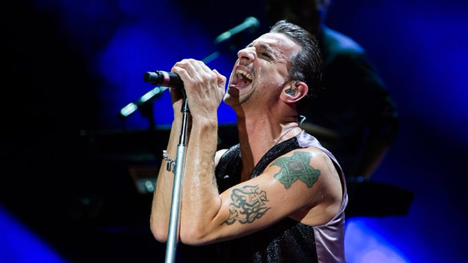 Happy Birthday Dave Gahan <3