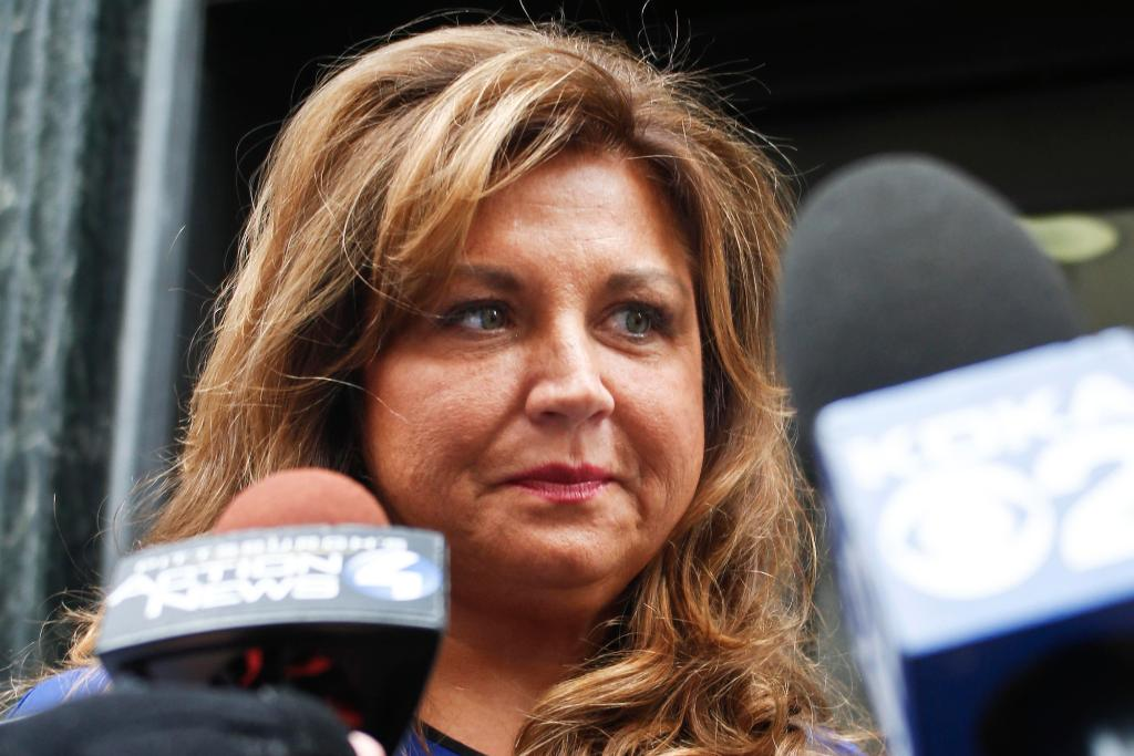 """Dance Moms"" star Abby Lee Miller is going to jail for bankruptcy fraud and other charges"