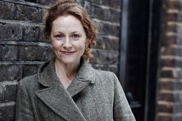 Happy 50th birthday to Geraldine Somerville, who played Lily Potter in the films!