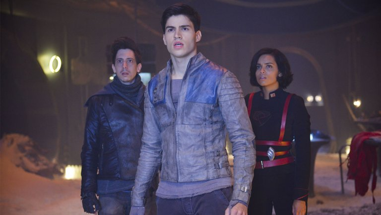 Superman Prequel 'Krypton,' Grant Morrison's 'Happy' Score Syfy Series Pickups