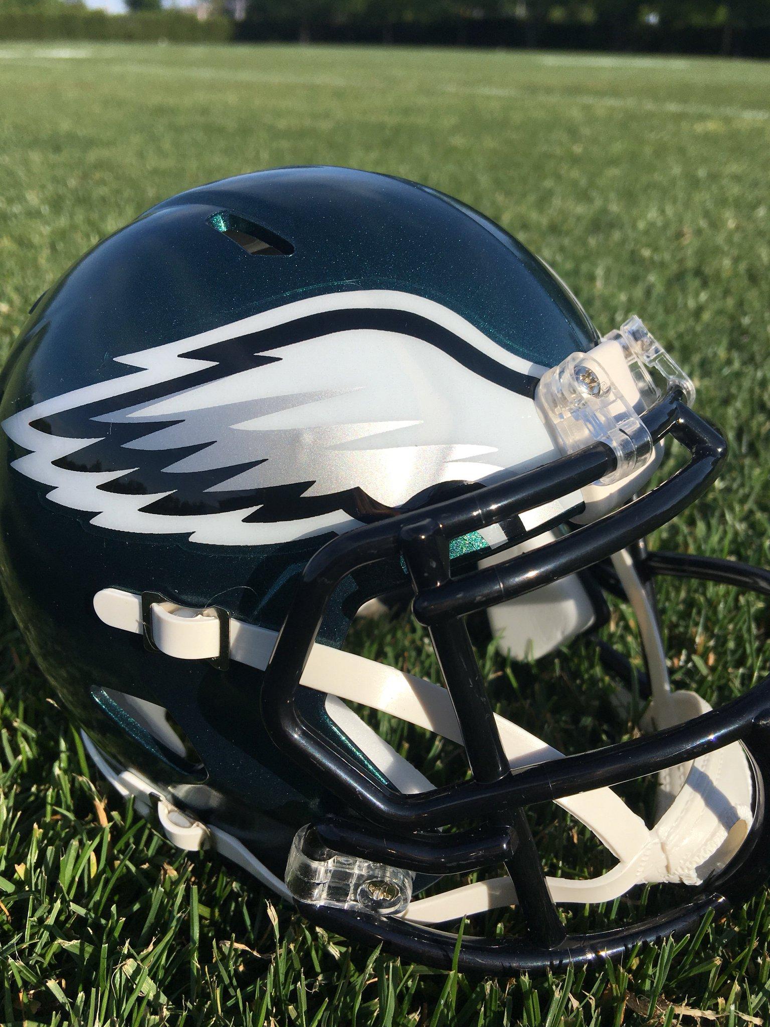 Getting the helmets ready for the new season. #BowWowChallenge https://t.co/2tpq03VV3u