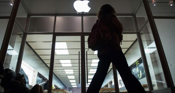 Apple plans $1B expansion at data center in Nevada