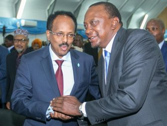 KDF to stay and pacify Somalia, says Uhuru