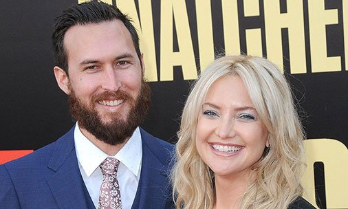Kate Hudson and her new boyfriend make their red carpet debut - see pictures: