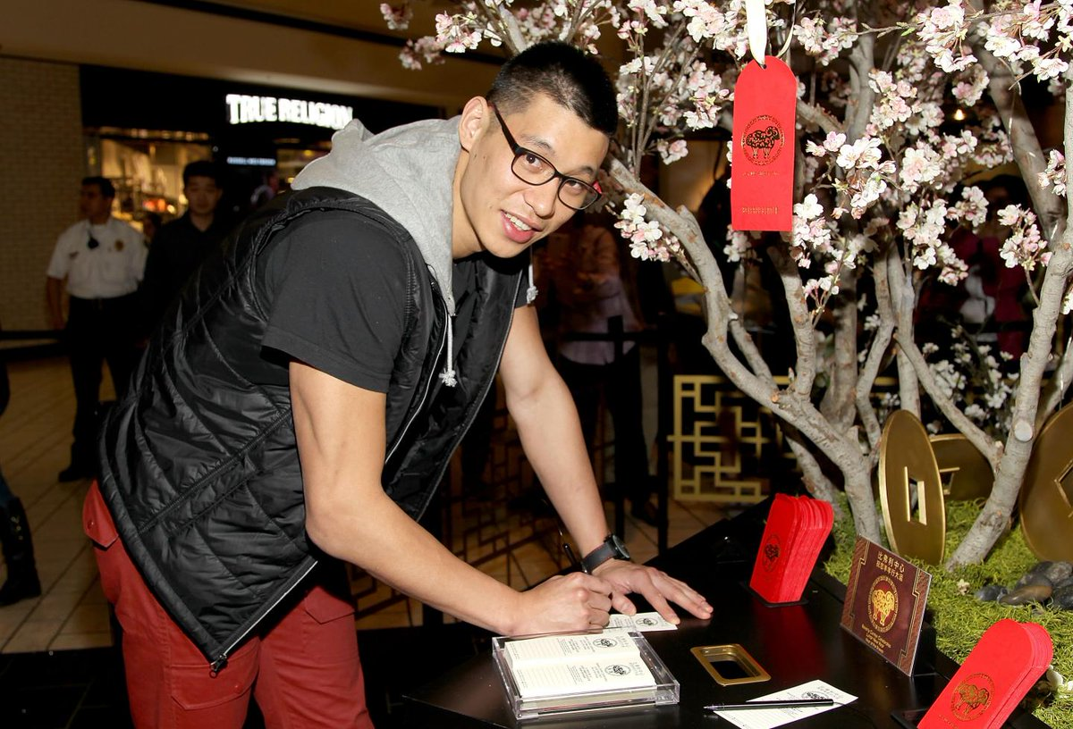 Jeremy Lin opens up about the racism he suffered in his college basketball years