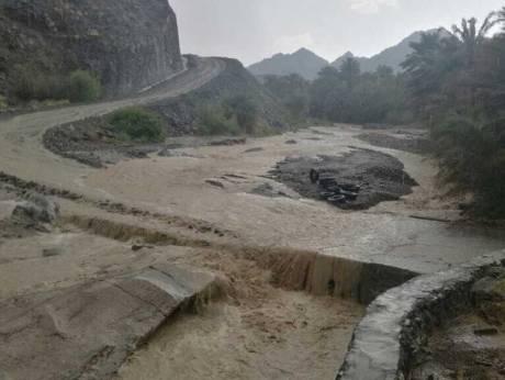 Heavy rain lashes Oman, more to come