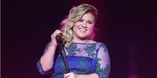 Sorry, American Idol: Kelly Clarkson has joined The Voice season 14 as a coach: