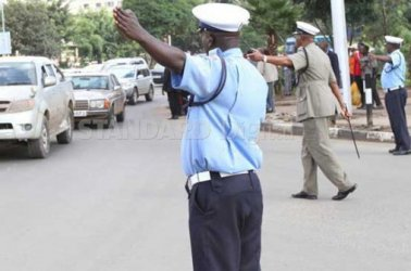 3 Traffic police officers arrested for taking bribes