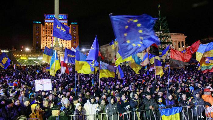Ukrainians Can Now Travel to EU Visa-Free, But Only as Tourists