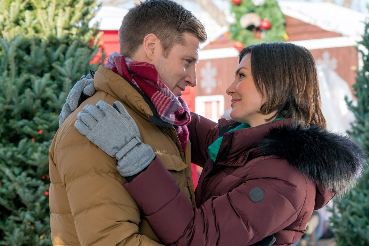 Get ready: Hallmark has announced 8 more Christmas TV movies: