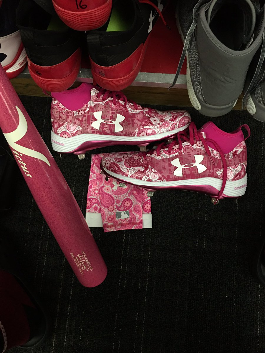 Happy Mother's Day to all the mothers out there! S/O to @UABaseball for these #MothersDay cleats. #IWILL https://t.co/juoRumkGeM
