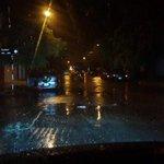 Calles anegadas en el Puerto. Llovió intensamente en pocos minutos https://t.co/b5C7K5YnIn