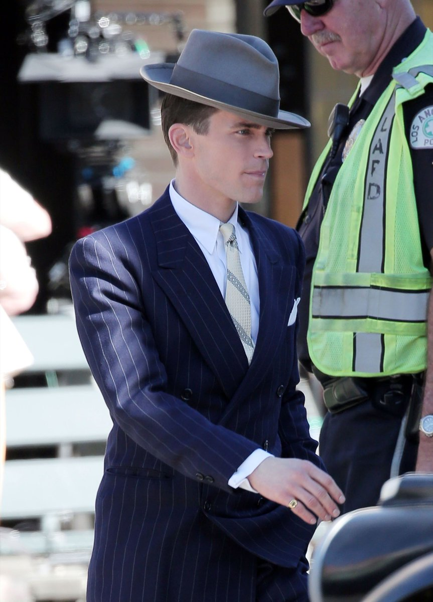 80 HQ pics of Matt on set of The Last Tycoon has been added: https://t.co/wPhGtFAQZv https://t.co/3IwMFqol6Y